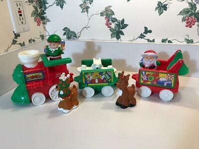 Fisher Price Little People Musical Christmas Santa Train Set 2001 / 2002