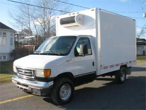 FORD E-350 2004 CUBE 12 PIEDS SIMPLE ROUES FINANCEMENT FACILE