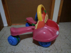 Fisher Price Laugh & Learn Stride to Ride Car