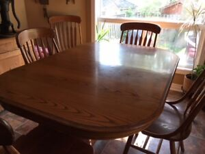Oak Dining Table & 6 Chairs - $150.