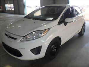 2013 Ford Fiesta SE SPORT PKG-AMAZING ON GAS 1.6L 4 CYL 5 SPEED