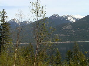 Quiet Kootenay Lake Waterfront, Kaslo BC!