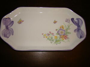 Lilac Whisper Sandwich Tray/Platter Comox / Courtenay / Cumberland Comox Valley Area image 1