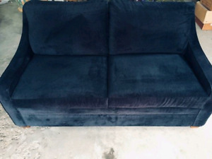 LIKE NEW LaZboy, Double Sofa bed
