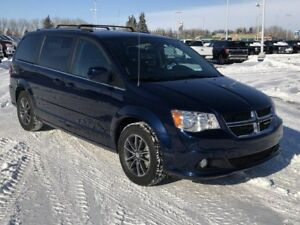 2017 Dodge Grand Caravan CVP/SXT (DVD, Backup Cam, Power Slid...