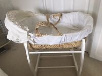 Mamas and Papas Moses basket with 2 stands, Excellent condition