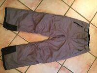 Ladies Nevada Ski/Snowboard Pants. Colour Light Brown/Khaki. Size 14/Large. Perfect worn once only.