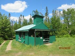 HUNT CABIN (CAMP) on waterfront-access to 6 mi² hunt-territory