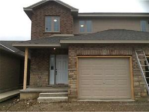 Well cared for 3 bedroom, 1.5 bathroom condo in great location