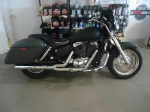 Honda Shadow 1100 Sabre 2005