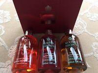NEW Gift Box Molton Brown 3x 300ml Gingerlily Pink Pepperpod Hanaleni Bath Body Wash