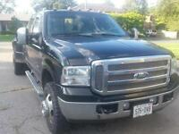 2005 Ford F-350 Lariat crew cab dually Pickup