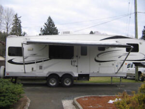 2006 Jazz 5th Wheel