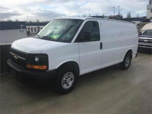 2013 Chevrolet Express 2500 118.000 km V8 shelves short