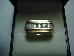 MANS GOLD & DIAMOND RING Kitchener / Waterloo Kitchener Area image 1