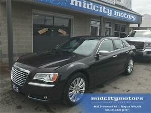 2012 Chrysler 300 Luxury Series/AWD FULLY LOADED! LEATHER INT!
