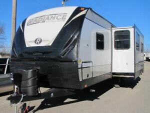 2018 RADIANCE ULTRA-LITE 25RB-HOT NEW MODEL/LAYOUT-LOADED!!
