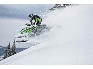 16 ARCTIC CAT M8000 SE ES BLOWOUT PRICED! FREE TRAIL PASS!