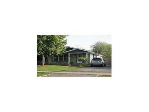 3 Bedroom Bungalow w/ Separate Entrance and In-Law Setup!