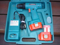 Perceuse MAKITA 9.6 Volts