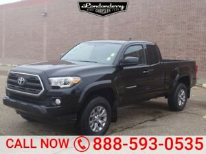 2017 Toyota Tacoma 4WD DOUBLECAB SR5 Accident Free,  Heated Seat