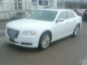 2014 Chrysler 300 low kms $24495