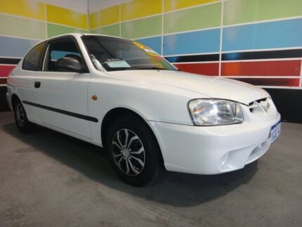 2002 Hyundai Accent LC GL White 5 Speed Manual Hatchback Wangara Wanneroo Area Preview