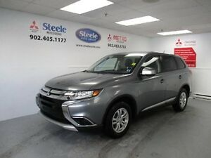2016 MITSUBISHI OUTLANDER ES *WEEKEND SPECIAL ENDS MAY 25TH AWD