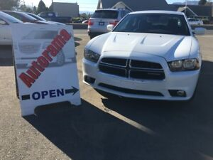 2011 Dodge Charger *LOW KM* ON SALE!!!!!