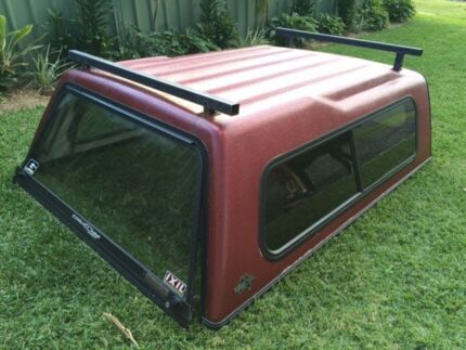 FLEXIGLASS CANOPY - Toyota Hilux Extra Cab with roof racks Morisset Lake Macquarie Area Preview