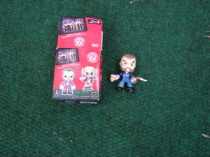 Vinyl Figure collectible squad  x 4 of then