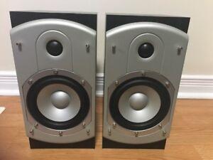 Precision Acoustic bookshelf speakers