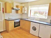 Lovely 5 double size house near university!!!No Agency Fee!!