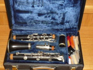 Buffet-Crampon Granadilla-wood Bb clarinet with case and stand