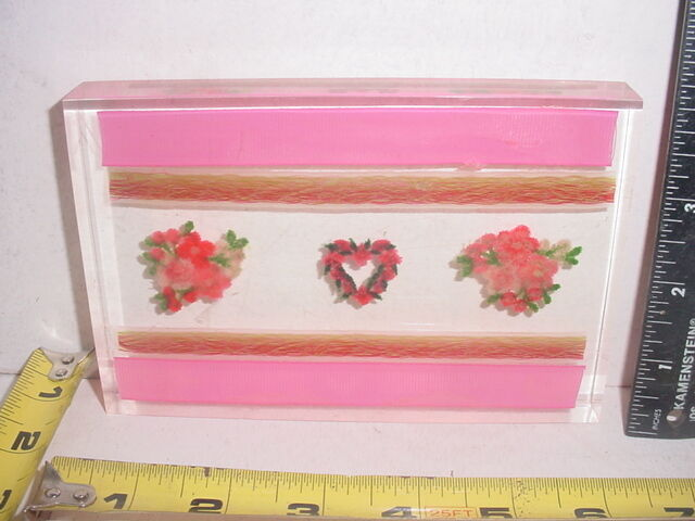 Lovely Lucite Paperweight with Pink Stripes Flowers & Heart  TCBC-62