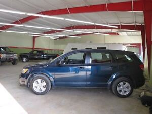 2014 Dodge Journey 2 To Choose From greenlightauto.ca