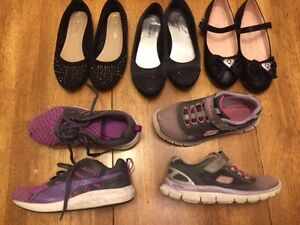 Girls sz 13 shoes