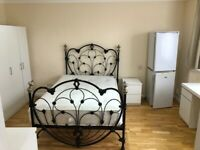 All bills included. Newly refurbished double bedsit with own bathroom. N13