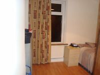 nice double room to rent in manor park 490/month all included