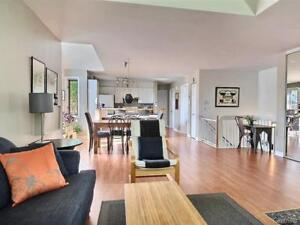 Beautiful fully furnished 2 bedroom in St. Lambert!