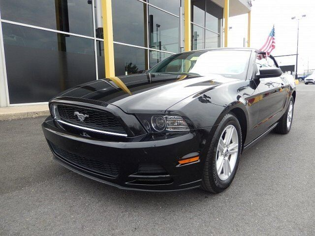 Image 1 of Ford: Mustang Convertible…