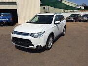 2014 Mitsubishi Outlander ZJ MY14.5 LS (4x4) White 6 Speed Automatic Wagon Berrimah Darwin City Preview