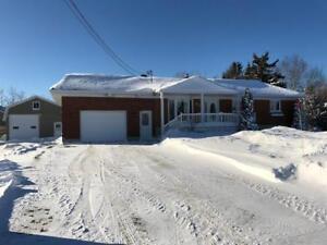 Maison - à vendre - Rivière-du-Loup - 13705581