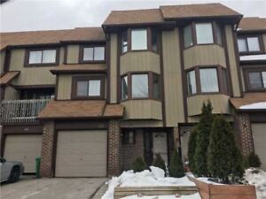 Tastefully Reno'd (2018) 3 Bdrm Townhome In Meadowvale