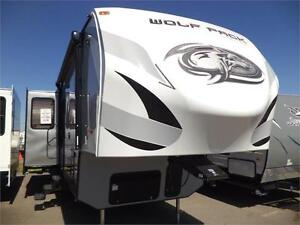 2016 WOLF PACK 325 PACK13    'TOY HAULER'