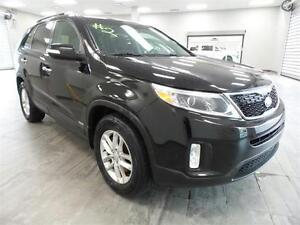 2015 Kia Sorento LX w/3rd Row MONTH END MADNESS! MAKE AN OFFER!!