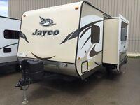 REDUCED $1000- 2015 JAYCO WHITEHAWK 23ft W/ MURPHY BED & BUNKS