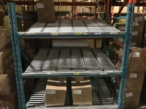 Warehouse racking, Shelves