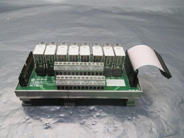 Allen-Bradley 1492-XIM24-8R, 8 Relay Expander Module Terminal Block, 100293