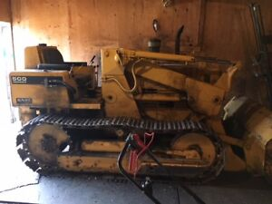 1974  International 500 Series E Crawler with Front End Loader